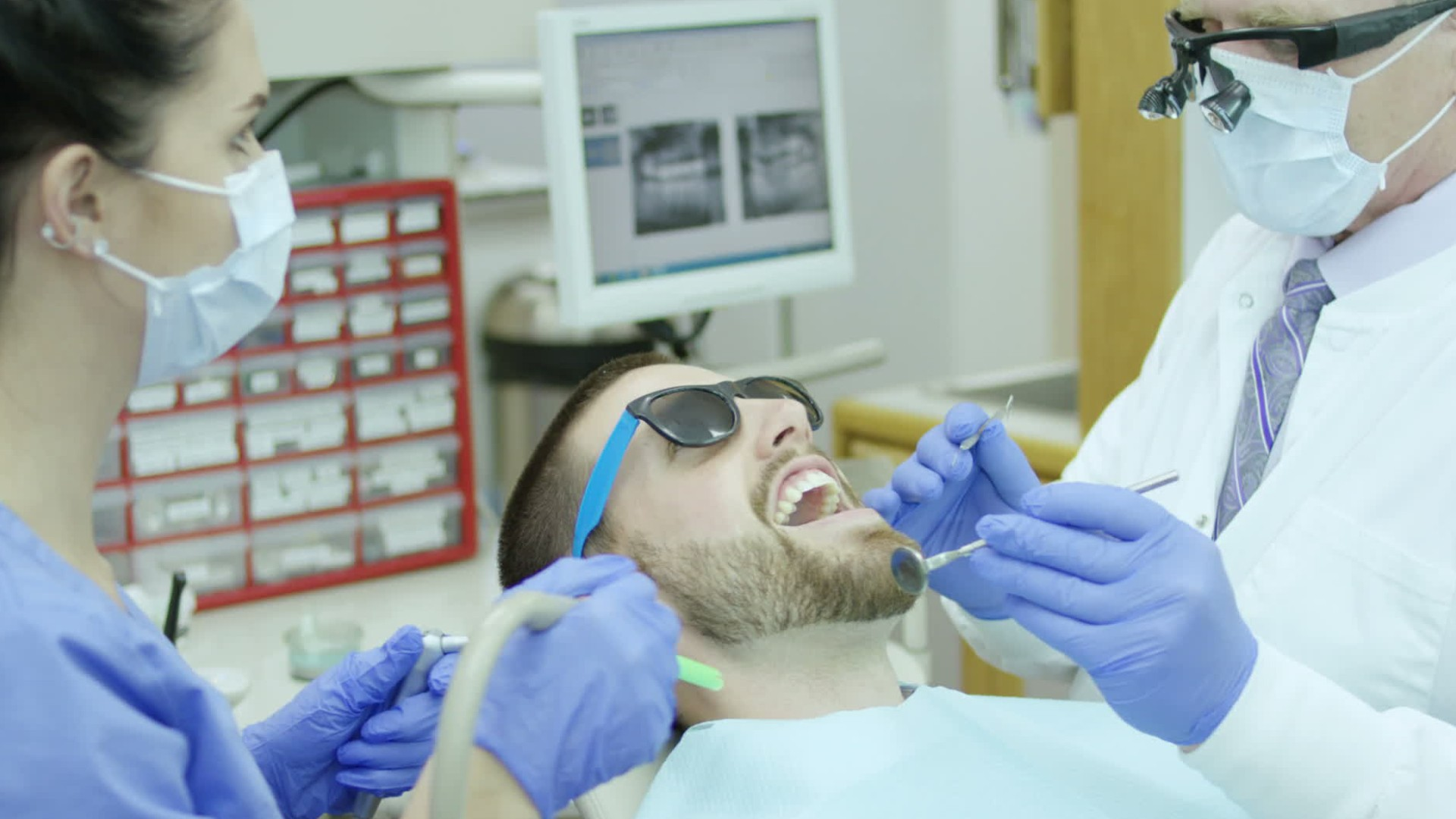 career video of a Dental Assistants job occupation